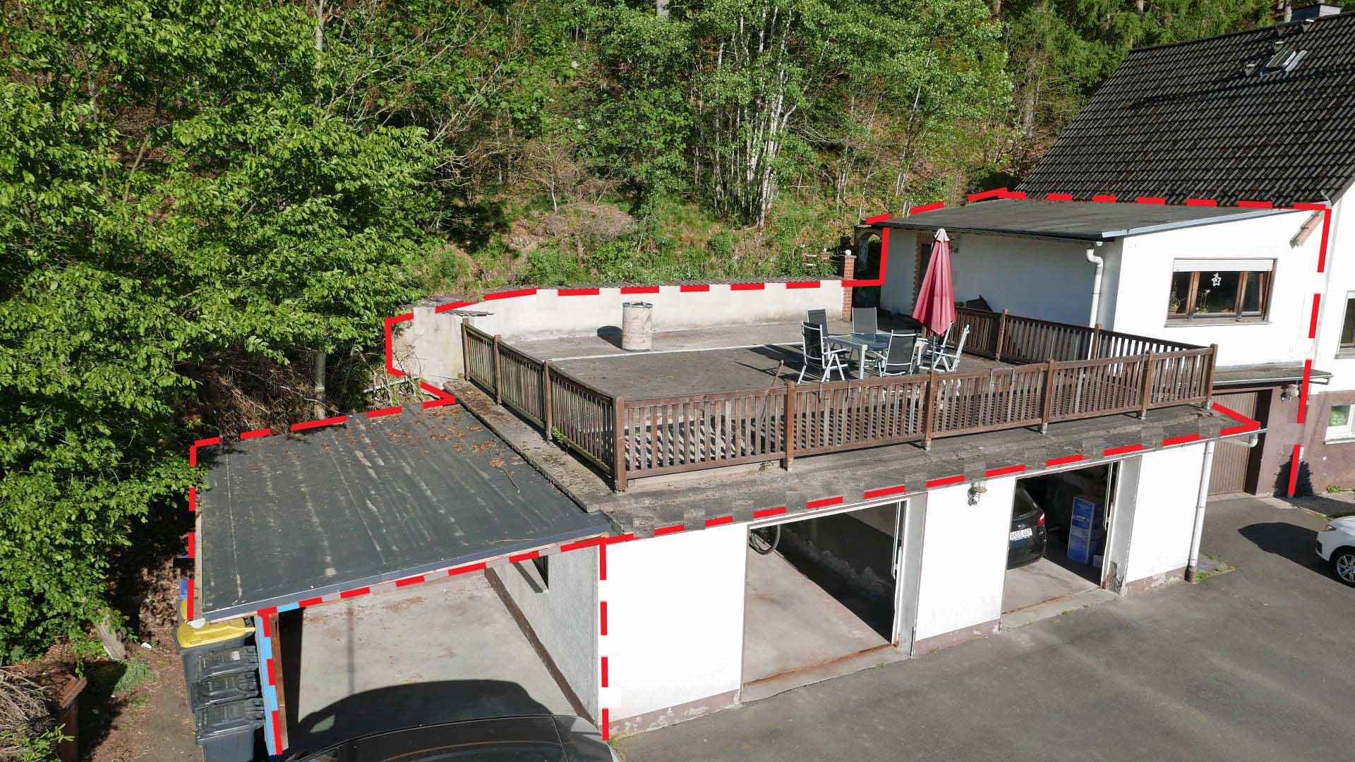 Referenzobjekt, Friesenhagen Preiswertes Apartment mit Garage ...